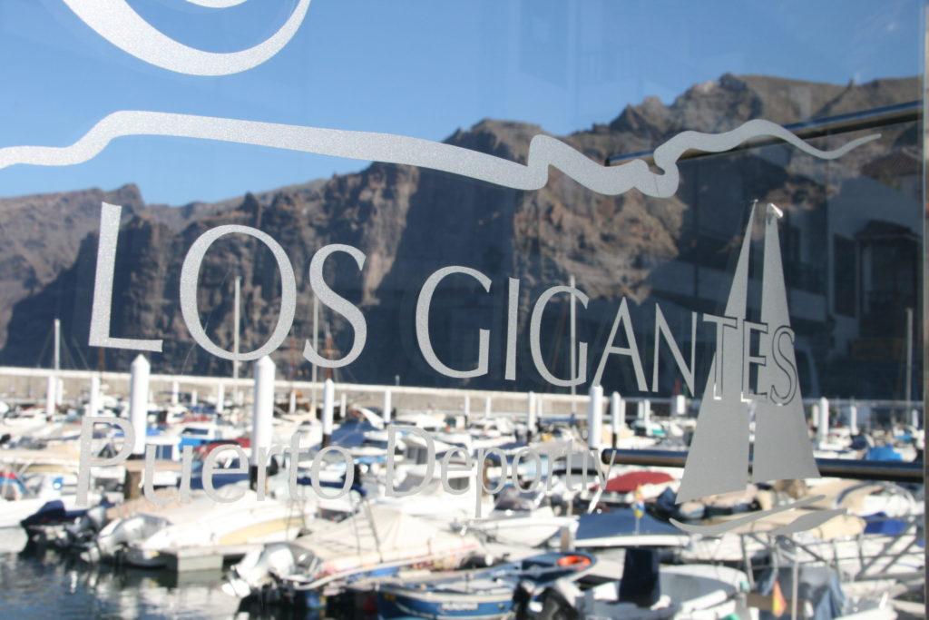 Im Hafen von Los Gigantes