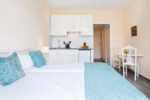Küche und Bett Studio Maritim
