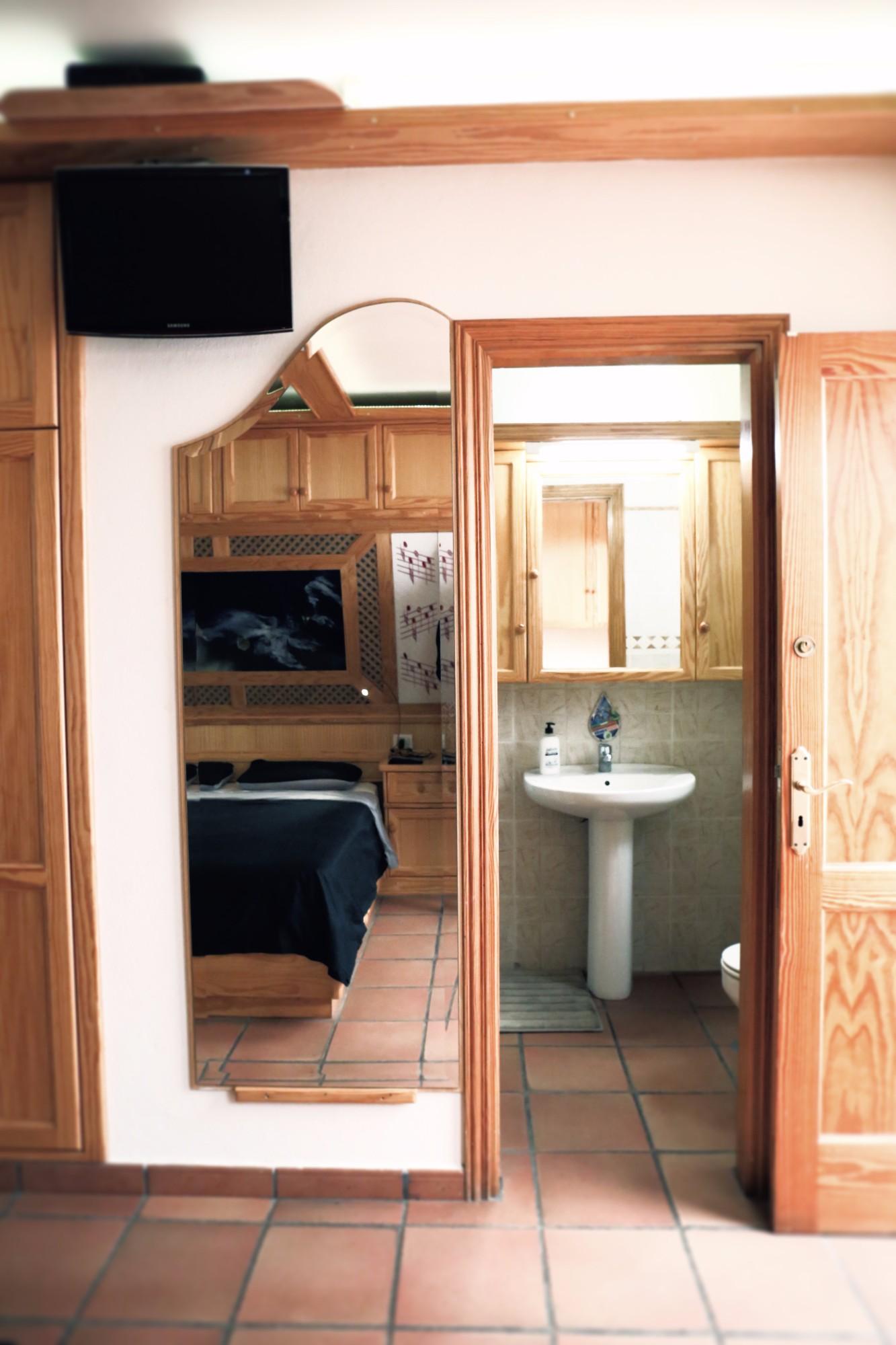 Badezimmer 2 Zugang Finca Ferienhaus Tegueste