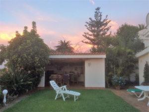 Teneriffa Ferienhaus La Victoria La Palmita Garten und Außenküche