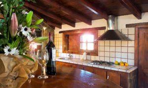 Küche mit Herd Ferienhaus La Guancha Wandern