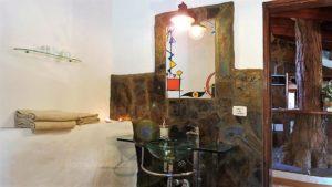 Ferienhaus La Guancha Wandern Spiegel und Waschbecken