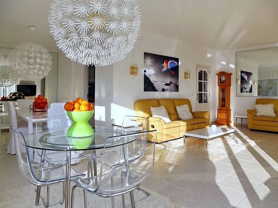Villa mit Privatpool Teneriffa Nord Wohnbereich