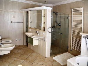 Villa mit Privatpool Teneriffa Nord Badezimmer