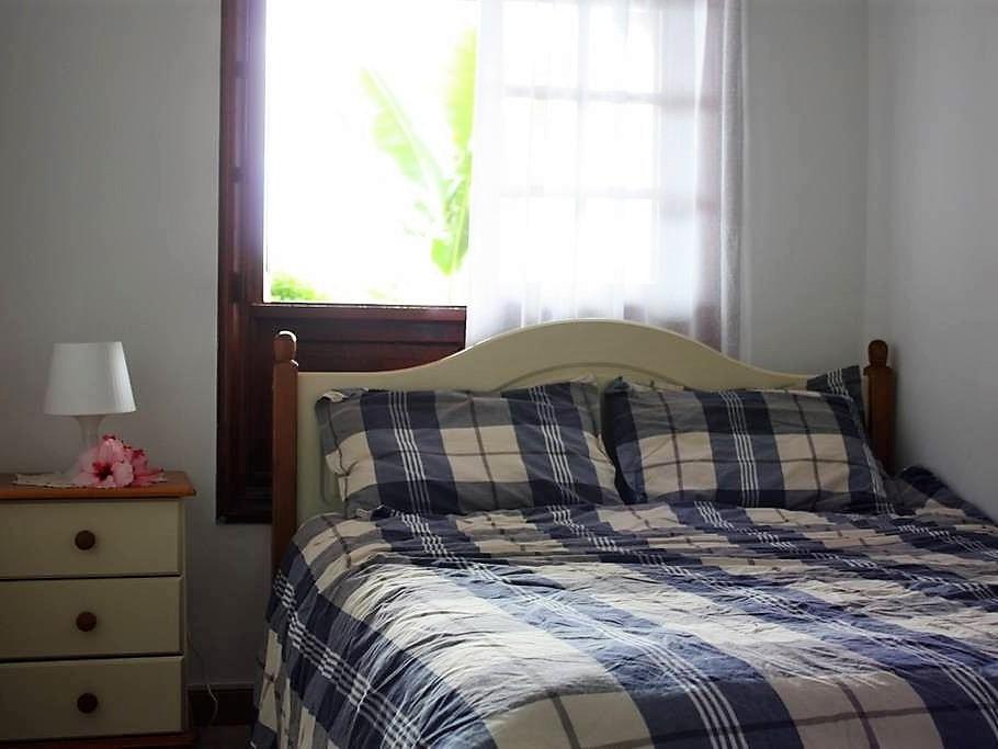Schlafzimmer der Ferienwohnung in Puerto de la Cruz