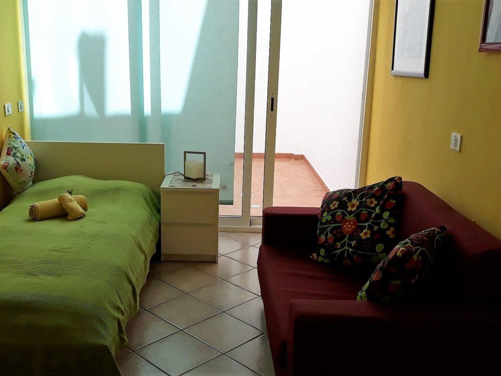 Ferienhaus in Abades SZ 4 Bett und Sessel