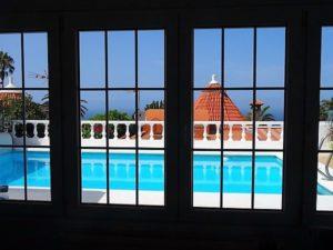 Fensterblick Ferienhaus La Victoria - La Palmita (6)