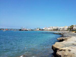 Blick auf den Hafen von Los Cristianos