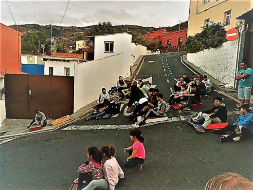 Fiesta de San Andres Holzschlitten
